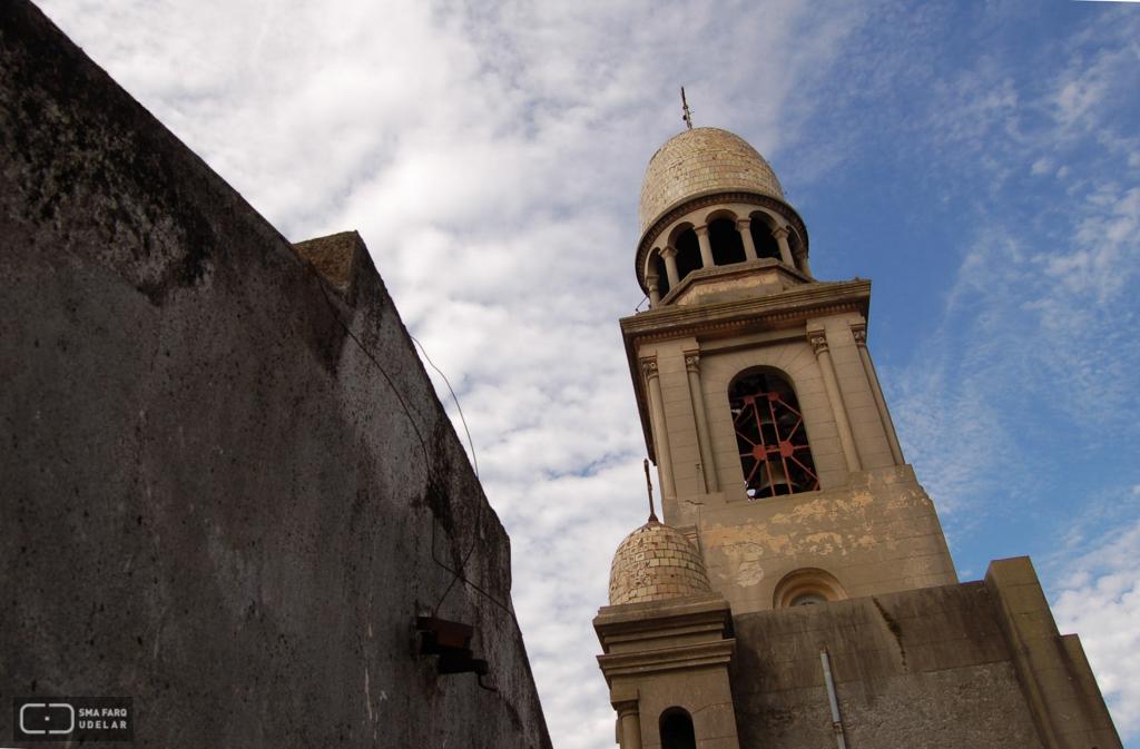Iglesia de San Pedro, Ing. Dieste, E. Durazno, 1939. Foto de Andrea Sellanes, 2006