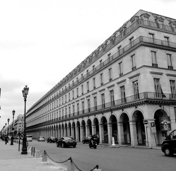 07. Aguafuerte contemporáneo. Foto Edimedia. Plaza de la Revolución hacia 1793.(Título original: Ejecución de Luis XVI, 21 de enero de 1973) Musée Carnavalet, París.