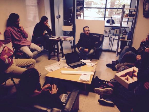 Reunión en el Centro de Estudiantes de Arquitectura entre la C.I.V. y el EDD Gen´08 PLEXO.