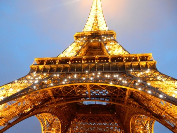 02. Torre Eiffel. Foto: Roberto Langwagen.