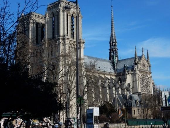 03. Notre Dame de París. Foto: Roberto Langwagen.