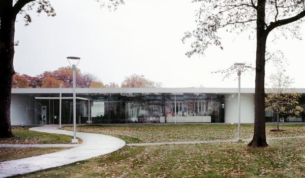 Glass pavilion hacia una arquitectura atmosf rica viaje for Hacia una arquitectura