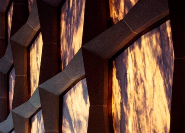 Detalle de placas de fachada