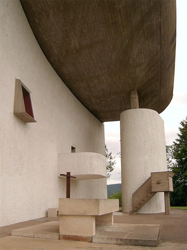 Exterior capilla. Fachada este