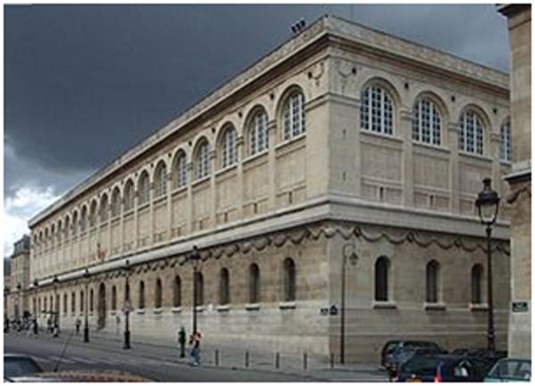 Foto del exterior del edificio.