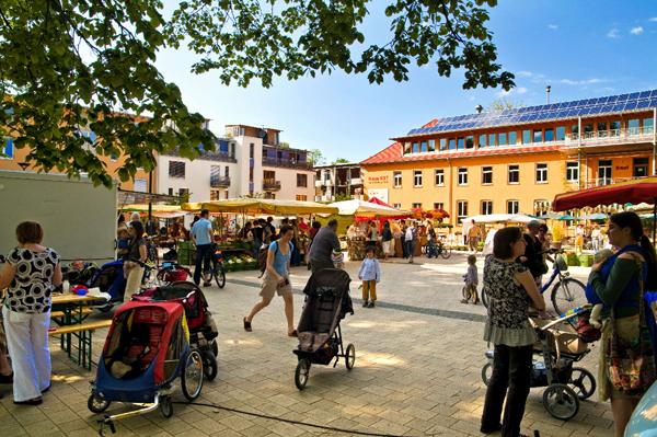 03. Marktplatz Vauban. Foto: Daniel Schoenen
