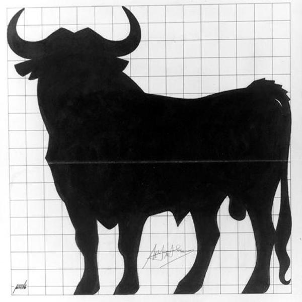 Fig. 04. El primer Toro. Diseño original de Manolo Prieto de 1956. Recuperada el 21 de enero de 2015 de http://crean.es/