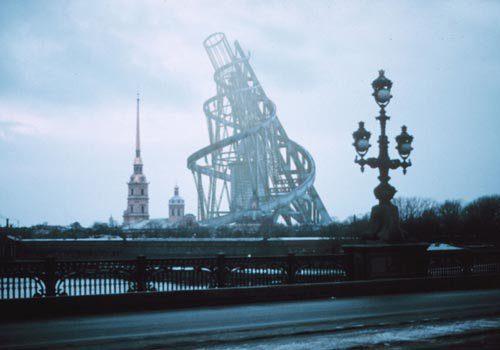 Figura 5: Vladimir Tatlin: Monumento a la III Internacional.