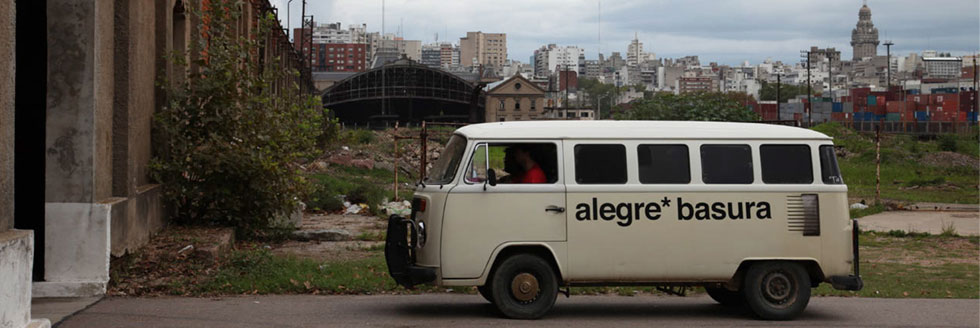 """Presentación del libro """"Residuos urbanos sólidos Basura y espacio público en América Latina 2008-2010"""""""